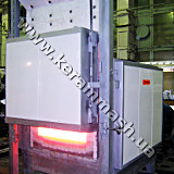 Stationery hearth batch industrial furnace electrically heated