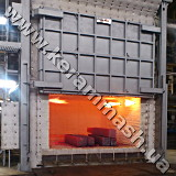 Stationery hearth batch industrial furnace gas heated